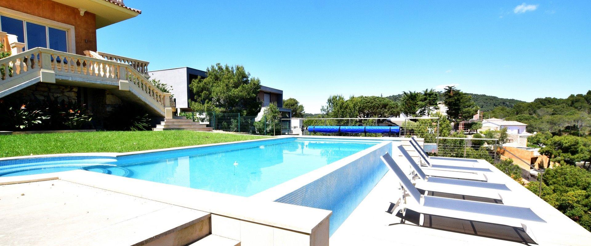 Location villa luxe avec piscine et vue mer aiguablava begur - Location begur avec piscine ...